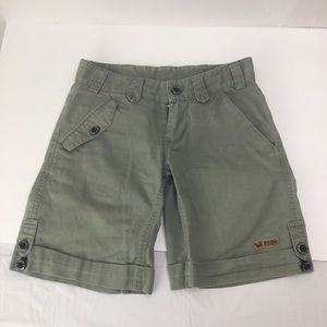 Sombrio cotton shorts size small moss green